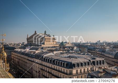 Opera Building in Paris 27004276