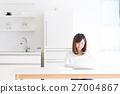 电脑 进餐 吃饭 27004867