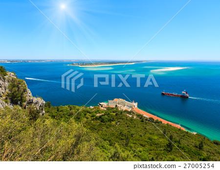 Nature Sunshiny Park Arrabida, Portugal. 27005254