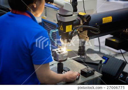 Repair Mold And Die Part By Laser Welding Machine Stock Photo 27006775 Pixta