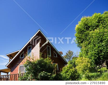 山上的木屋 27015890