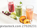 Fruit and vegetable smoothies 27026231