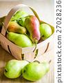 Green pears 27028236
