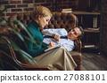woman sofa man 27088101