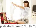 여행 여성 여행 준비 여행 가방 라이프 스타일 생활 젊은 여성 27101675