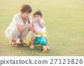 母女 父母和小孩 親子 27123826