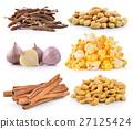 cashewnuts, peanuts, garlic, PopCorn, cinnamon  27125424
