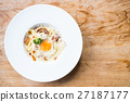 Spaghetti carbonara 27187177