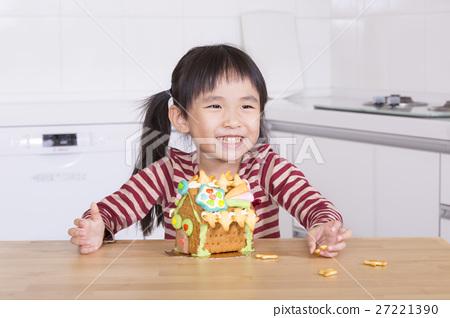 女孩 製作 薑餅屋 27221390