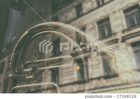French horn in a glass house 27266529