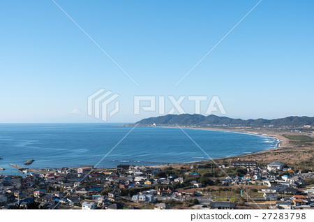 Hojo coast of Tateyama city, Chiba prefecture and Mt. Fuji (winter) 27283798