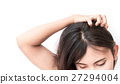 Closeup woman hand itchy scalp, Hair care concept 27294004