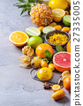 Variety of citrus fruits 27335005