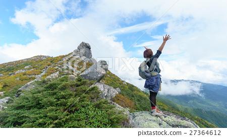 Mountain girl 27364612