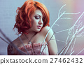 woman ginger pink 27462432