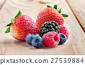berries 27539884