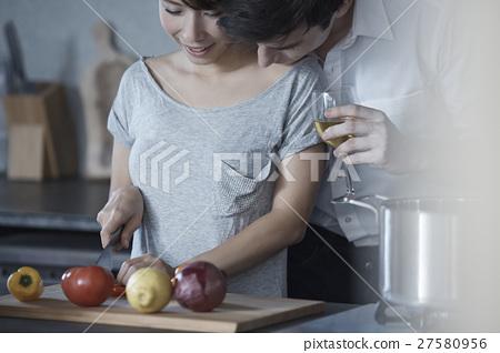 廚房 男人和女人 男女 27580956