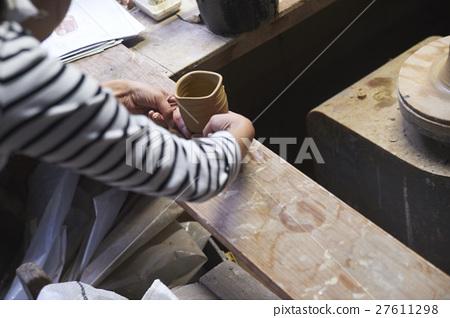 Ceramic artist Portrait 27611298