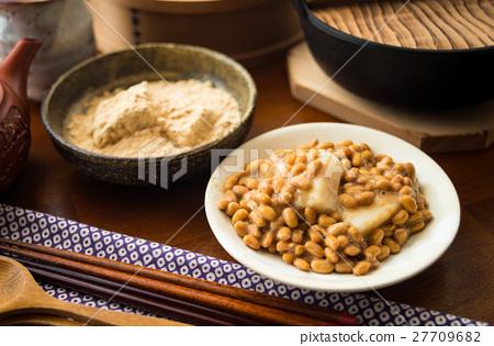 낫토 떡 콩가루 떡 일본 전통 음식 떡 27709682