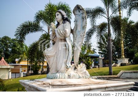 Gabriel archangel sculpture 27711823