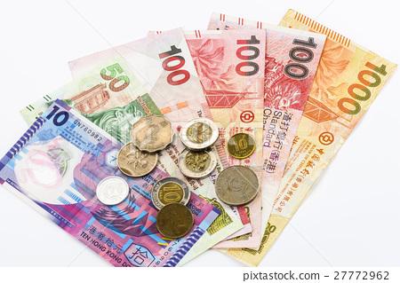 香港的紙鈔與硬幣在白色的背景中 27772962