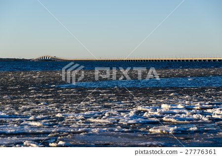 Winter view at the Oland bridge in Sweden 27776361