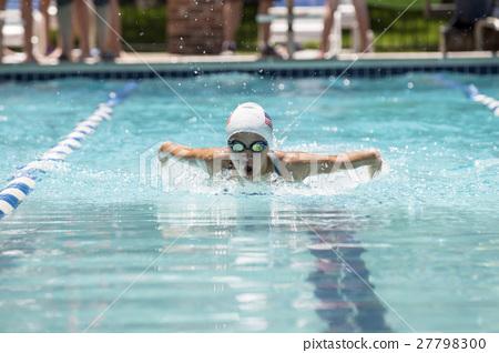 游泳 游泳比赛 女孩 27798300
