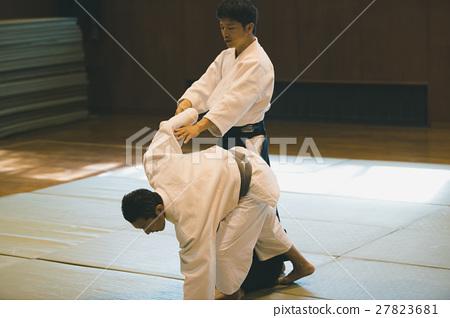 martial artist 27823681