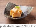 竹笋 炖 开水焯过的食物 27837317
