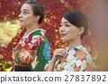 享受秋葉和外國女性的日本女性 27837892