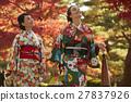 享受秋葉和外國女性的日本女性 27837926