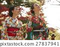 享受秋葉和外國女性的日本女性 27837941