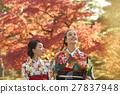 享受秋葉和外國女性的日本女性 27837948