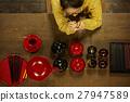 女性年轻工匠形象 27947589