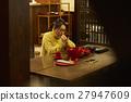 女性年轻工匠形象 27947609