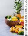 Variety of citrus fruits 28015055