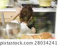 婦女堅持做飯 28034241