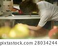 婦女堅持做飯 28034244