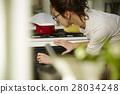 婦女堅持做飯 28034248