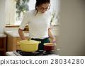 婦女堅持做飯 28034280
