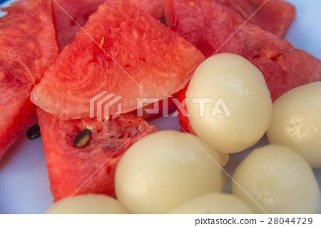 Juicy watermelon and rambutan 28044729