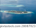 Tropical islands and atolls in Maldives 28087023
