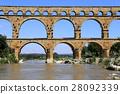 Roman aqueduct Pont du Gard 28092339
