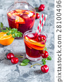 summer cool alcoholic drink sangria 28100496