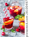 summer cool alcoholic drink sangria 28100497