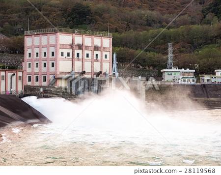 石門水庫洩洪 28119568