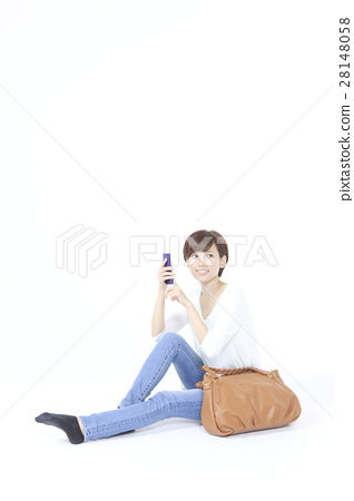A smartphone and a young lady 28148058