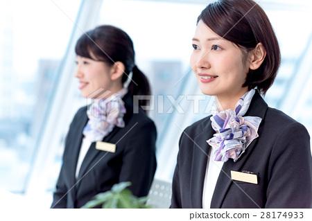 年轻的女士,2人,接待员 28174933