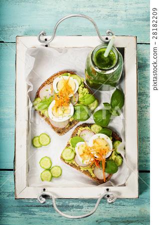 Healthy sandwiches 28182209