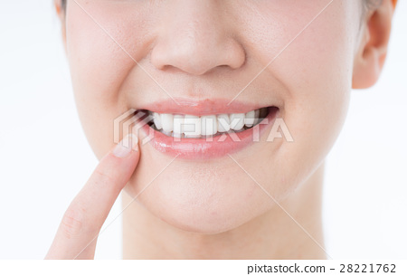 Tooth 28221762